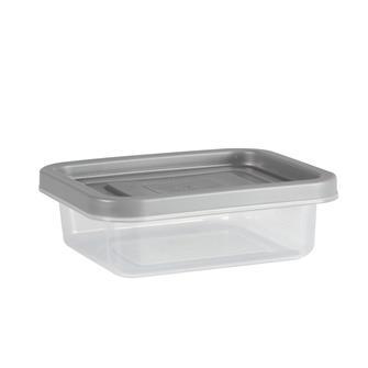 Vaschette in plastica per yogurt nel disidratatore
