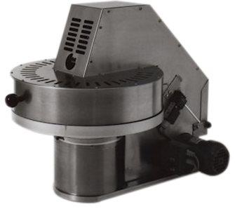 Snocciolatore elettrico per prugne