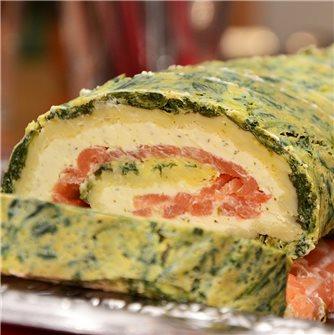 Rotolo al salmone affumicato, spinaci e formaggio all´aglio ed erbe